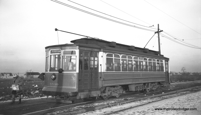 CSL 5530 at 63rd Pace and Oak Park Avenue in December 1946. This was the west end of route 63 before PCCs took over the line in 1948. At that point, a turnback loop was built a half mile east of here at Narragansett. As you can see, the area was largely undeveloped at this point, but you could transfer here for service going farther west.