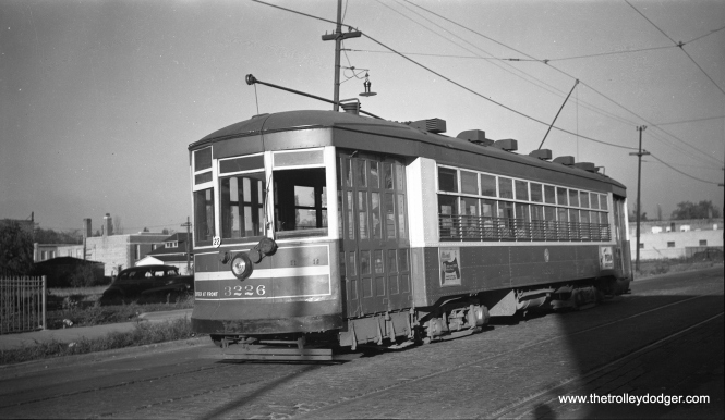 CTA 3226 at 71st and California in 1950.