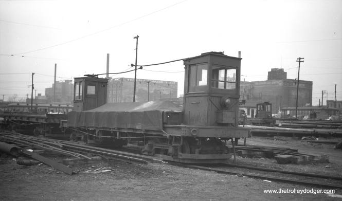 """CTA work car W-204, described as a """"two-cab flat,"""" in May 1950."""