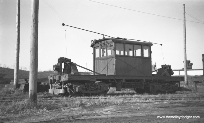 AE&FRE electric freight loco 49 in Elgin in November 1939. This was one of two that the railroad had in it latter days.