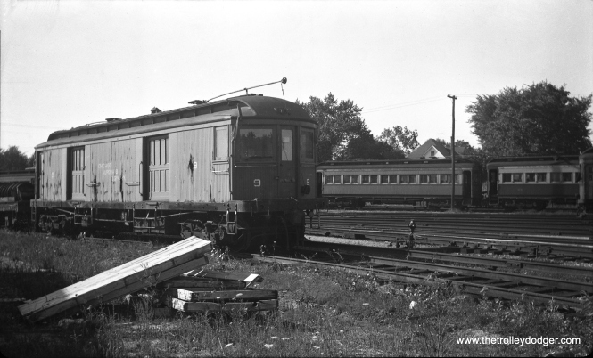 "Don's Rai Photos: ""9 was built by Niles Car in 1907. It was scrapped in 1959."" This picture was taken at Wheaton in April 1952."