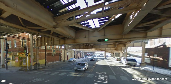 "The same location today. The Lake Street ""L"" (today's CTA Green Line) was relocated onto the nearby Chicago & North Western embankment in 1962, and a new structure replaced the former ramp. Steel support columns were relocated to the curb. We are facing west."