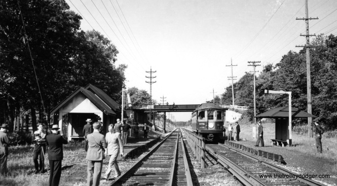 Here, we see CA&E 425 at Glen Ellyn, a photo stop during an early Central Electric Railfans' Association fantrip. Notice how everyone is dressed up for the occasion.