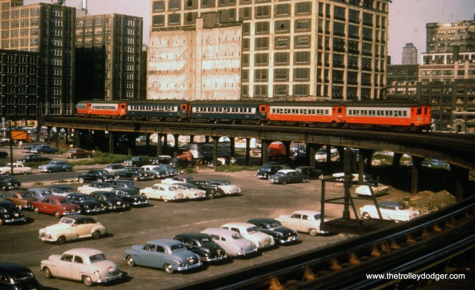 A six-car CA&E train at the Halsted curve.