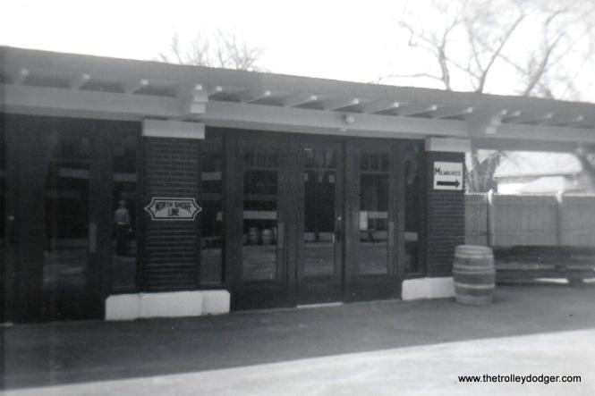 NSL Kenosha Station 4-5-72 Southbound platform