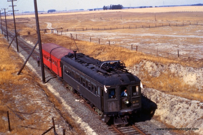 "Sacramento Northern MW-302 on an early 1960s fantrip. Don's Rail Photos: ""1020 was built by Hall-Scott Motor Car Co in 1913, as OA&E 1020. It became SF-S 1020 in 1920 and SN 1020 in 1928. It was renumbered as MW302 in 1941 and went to Western Railway Museum in 1962."""