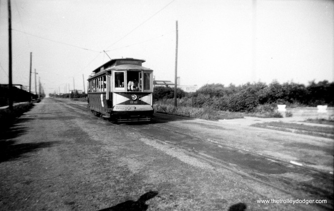 Five Mile Beach car 26 at Wildwood, NJ in 1944. (Walter Hulseweder Photo)