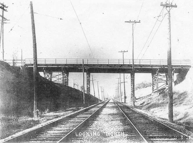 7C Tracks descending into 6th St. cut at Howard Ave. 11-3-37 City of Milwaukee Engineers Dept.