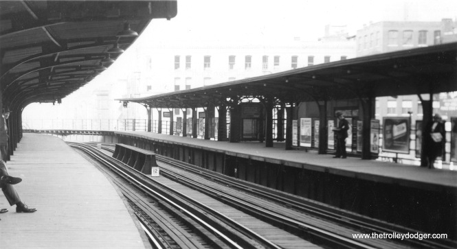 "The north end of the Merchandise Mart ""L"" station. This has since been rebuilt and the curved area of the platform has been eliminated."
