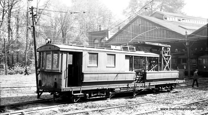 Line car 200 on October 16, 1938.