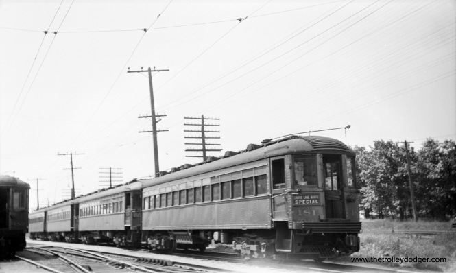 North Shore Line car 181 in Winnetka.