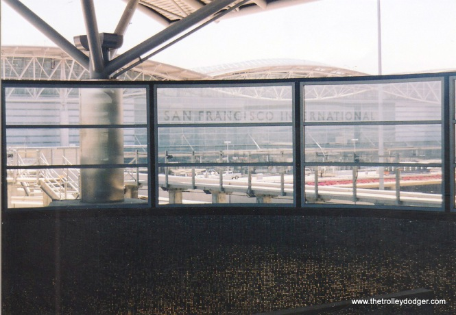 The BART SFO International Airport station in 2004.