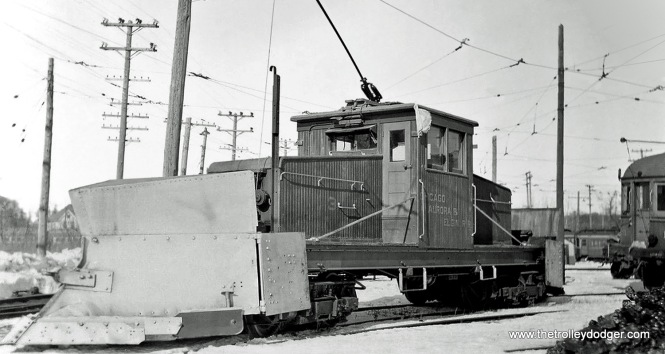 "Don's Rail Photos says CA&E 3 ""was built in the company shops in 1909 as a plow."""