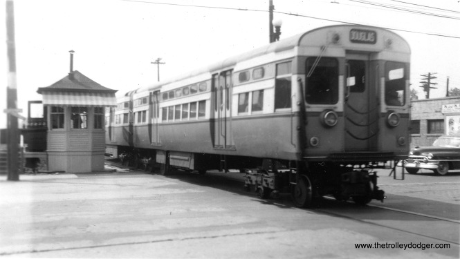 CTA 6123-6124 on the outer end of the Douglas Park line, probably in the early 1950s.