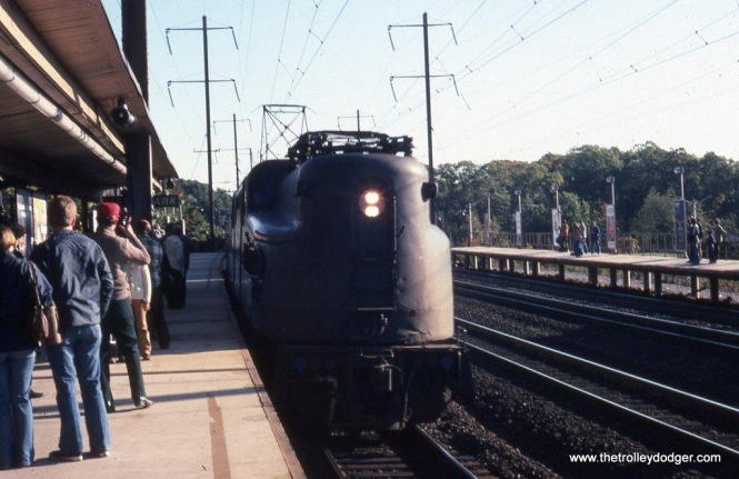 Photo 1. An Amtrak GG-1 arrives at the Metropark station in Iselin, New Jersey in 1978.