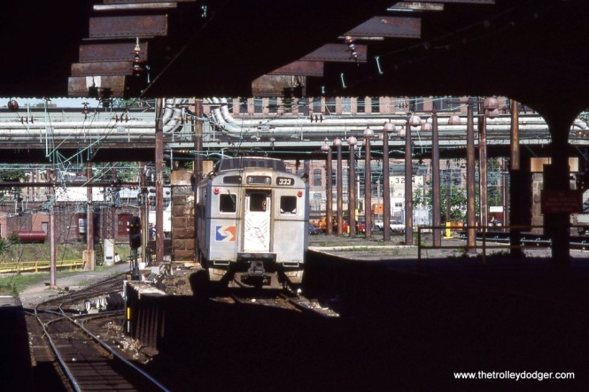 Silverliner IV #333 departing the upper level of 30th Street Station Philadelphia, PA in 1988.