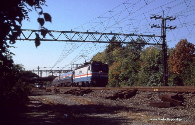 Photo 20. One more at Rye, Amtrak AEM-7 #904 is New Haven bound. More triangular catenary photos in the Metro-North section.