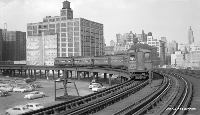 A six-car CA&E train westbound at the Halsted curve. (Robert Selle Photo, Wien-Criss Archive)