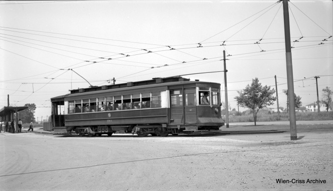 CTA Pullman 381 at 63rd Place and Narragansett, the west end of Route 63. This picture may have been taken early in 1953, after PCCs had been replaced by older cars on this line, shortly before it was converted to bus. (Robert Selle Photo, Wien-Criss Archive)