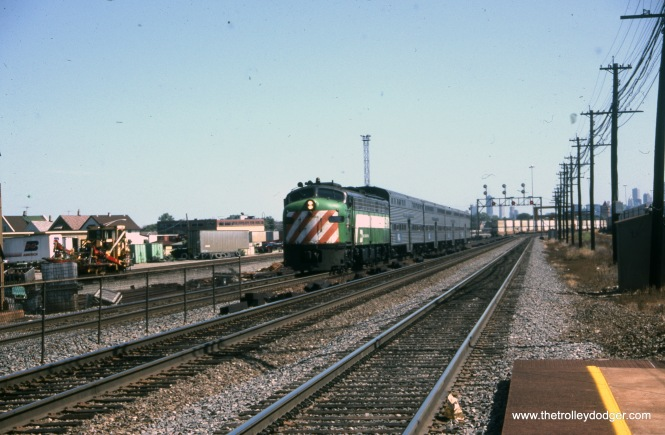 Burlington Northern 9918 at 29th and Austin on August 30, 1992.