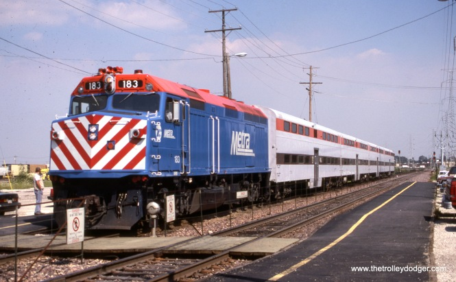 A Metra commuter train at Berkeley on August 7, 1990. (Joseph Piersen Photo)