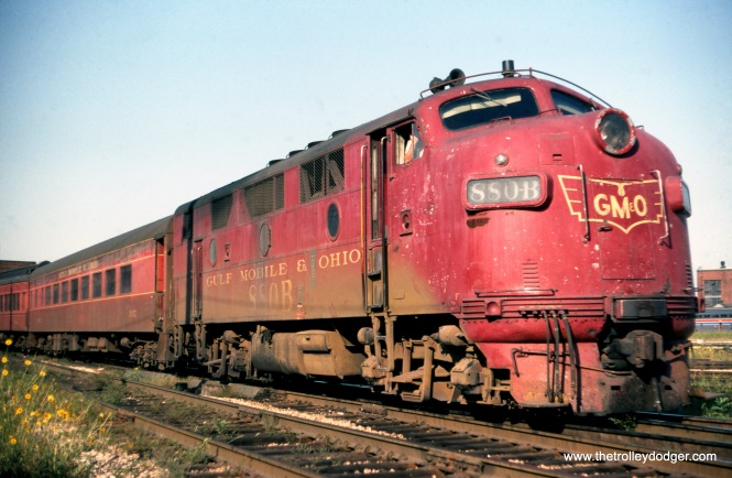 GM&O 880-B on a backing Joliet local on September 2, 1976. (Joseph Piersen Photo)
