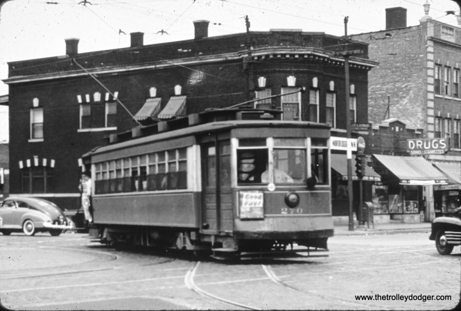 CTA red Pullman 270 is on Cicero at North Avenue, where Cicero took a bit of a jog which has since been somewhat straightened out. The date is July 19, 1948. (William Shapotkin Collection)