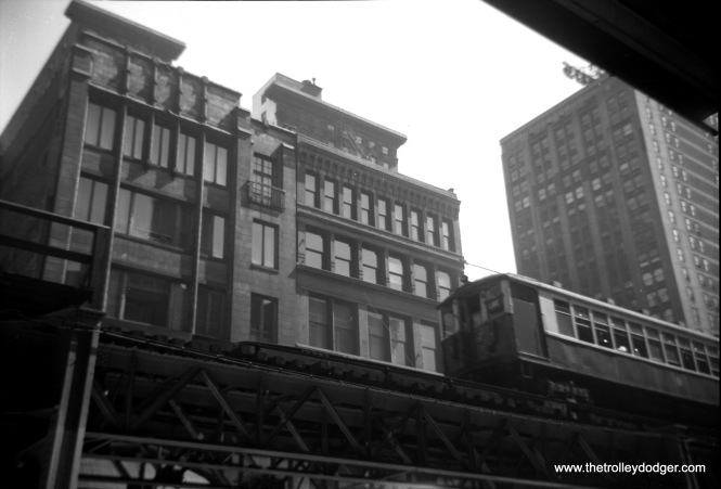 "Another view of the Loop ""L"" on south Wabash, probably taken near the locations if the other similar photos showing Lake Street trains."
