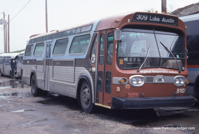 RTA bus 8107 at the West Towns bus garage in oak Park on April 12, 1981. (John Le Beau Photo)