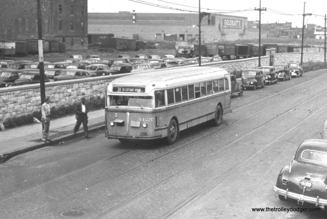CSL 3425 is on Route 31 (31st Street) at Pitney Court. However, the date provided (1946) must be wrong, since this line was not converted to bus until February 29, 1948. (Thanks to Daniel Joseph for pointing that out.)