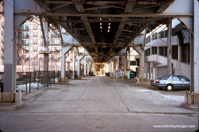 "Chicao, IL: looking south on Holden Court (under teh south side ""L"") toward grade-separated crossing with the St. Charles Air Line from 15th Street in March 2000. (William Shapotkin Photo)"