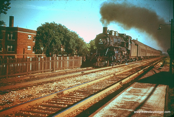 C&NW 1531 in Kenmore station, Chicago in May 1956.