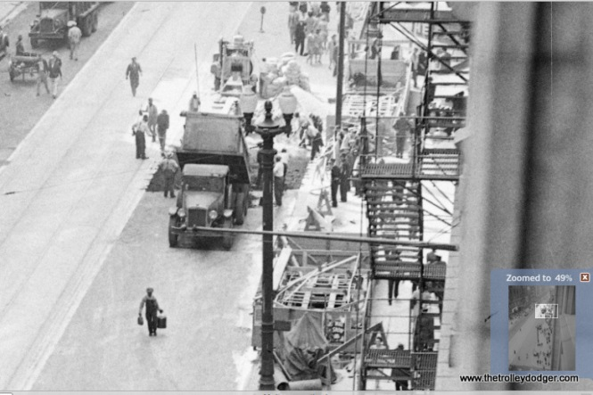 Building subway kiosks on State Street in 1942.