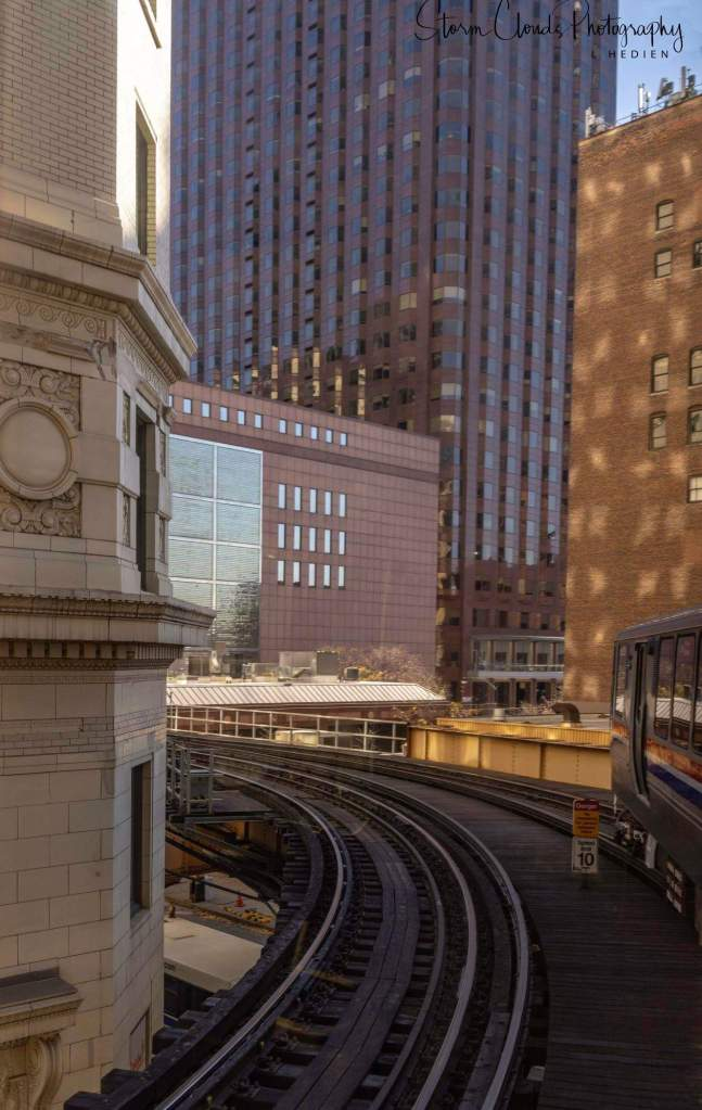 -a curve on the L in the Loop...