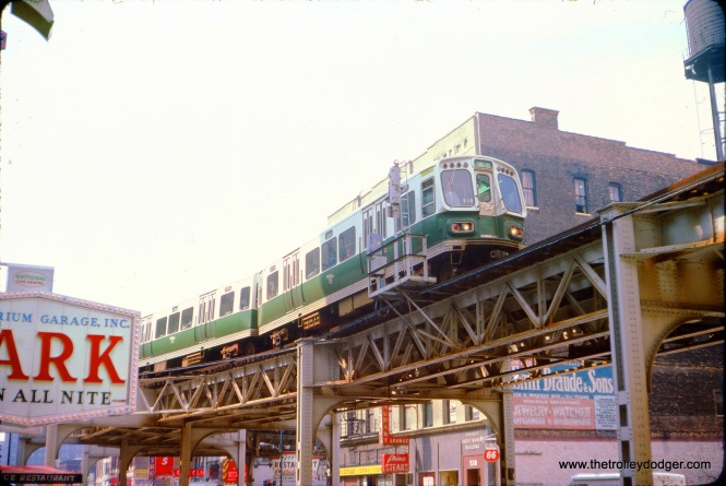 "CTA 2175-2176, a northbound Lake-Dan Ryan ""B"" train, near Adams and Wabash station on August 2, 1974. (Douglas N. Grotjahn Photo)"