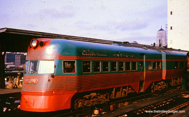 North Shore Line Electroliner 801-802 at Roosevelt Road in Chicago, 1962. (William Shapotkin Collection)
