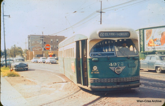 On September 6, 1957, CTA 4372 pulls into the turnaround loop at Clark and Howard. (Charles H. Thorpe Photo, Wien-Criss Archive)