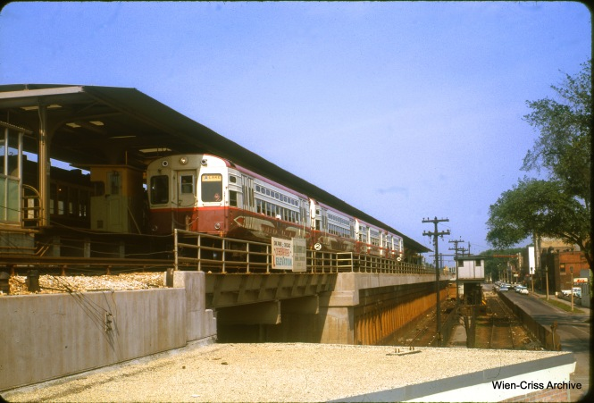 It's June 1963, several months after the CTA elevated the Lake Street