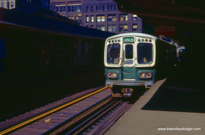 A Lake-Dan Ryan train in October 1969, and what appears to be left-hand running.
