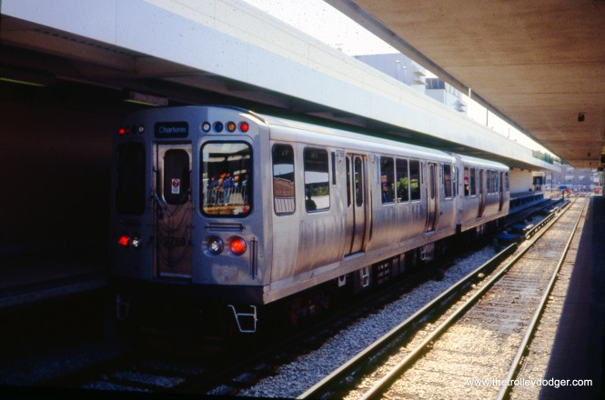 CTA 2769-2770 at Kimball and Lawrence on a Central Electric Railfans' Association fantrip on August 29, 1994. (William Shapotkin Photo)