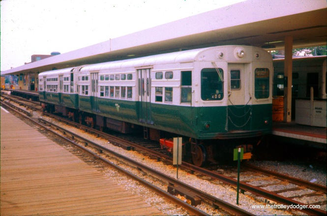 CTA 6165-6166 at Kimball, the outer terminal on the Ravenswood line (today's Brown Line), on May 21, 1977. (Ronald J. Sullivan Photo)