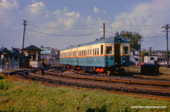CTA articulated 5003 near Kimball and Lawrence on September 9, 1958.