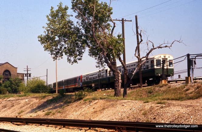 CTA 6000s on the Evanston branch at Howard Yard on May 28, 1977.