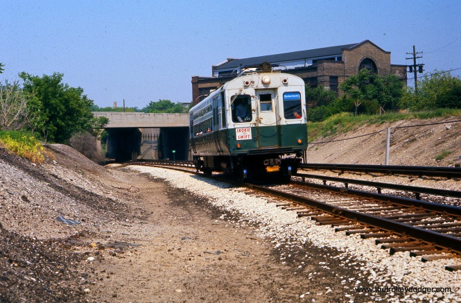 A CTA single car unit on the Skokie Swift (today's Yellow Line), on May 28, 1977.