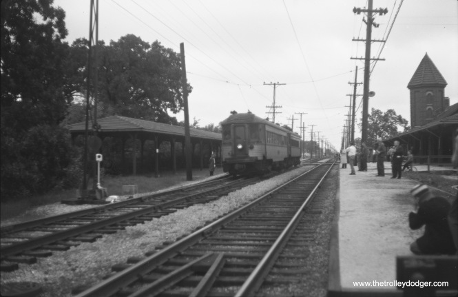 A southbound two-car North Shore Line train, headed up by 771, at Zion on September 24, 1961.