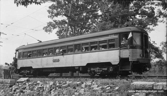 North Shore Line Silverliner special at Glencoe gauntlet on August 9, 1953. (Robert Selle Photo)