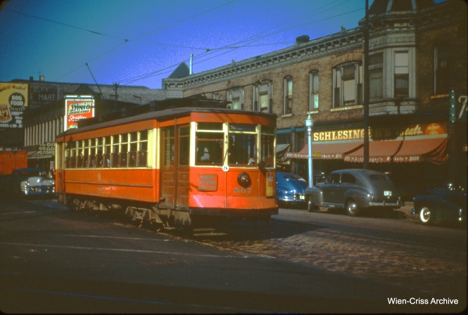 CTA 567 at Milwaukee and Armitage on October 18, 1950.