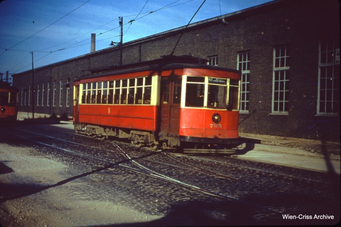 CTA 795 at 47th and Halsted on October 31, 1950.