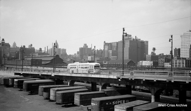 Here, a CTA Pullman PCC is northbound on Clark at Roosevelt Road. (Wien-Criss Archive)