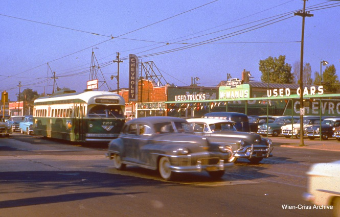 CTA 7157 is northbound on Western at 67th on June 15, 1955. (Wien-Criss Archive)